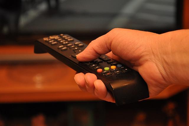cosa indica bollino colorato ricevitore tv
